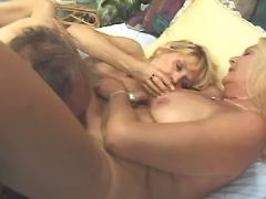 Granny and hot mature licked by man in groupsex