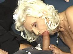 Kinky granny in stockings throats strong cock