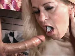 Mature has fuck n gets cum in mouth