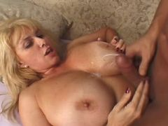Busty mature gets cumload on boobs after fuck